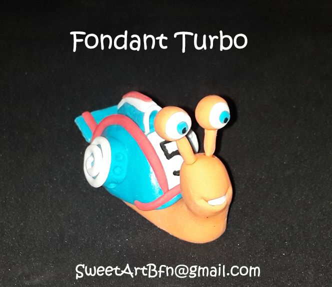 FONDANT TURBO For more information & orders, email SweetArtbfn@gmail.com; Call 0712127786 or follow us on Facebook https://www.facebook.com/groups/SweetArtCakesBloemfontein/ *GUM PASTE CLASSES AVAILABLE*