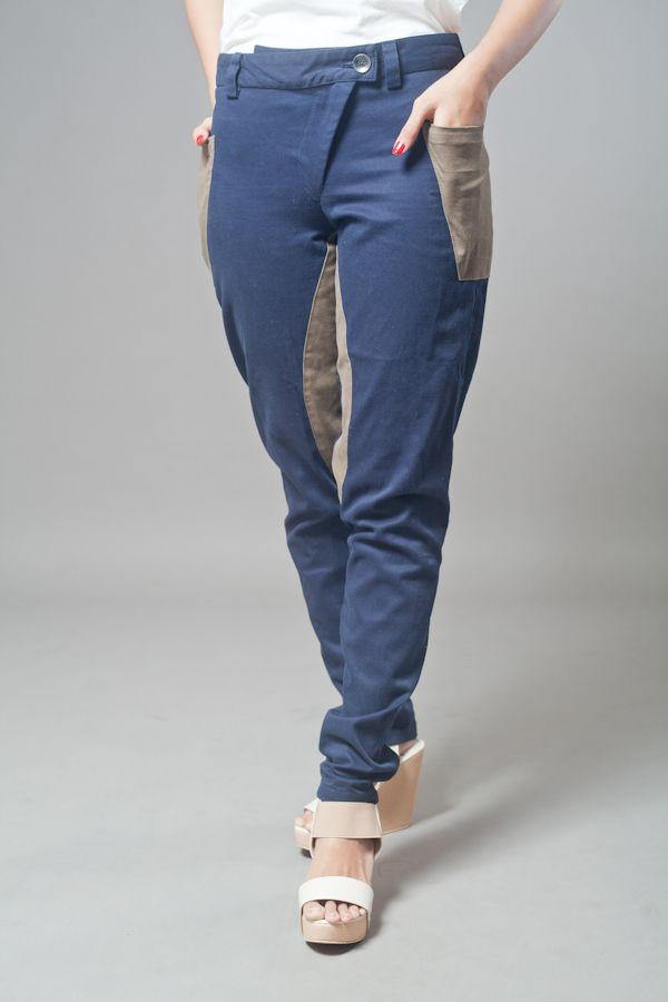 Long big pocket pants. Design by Anonymous. http://zocko.it/LDVjU