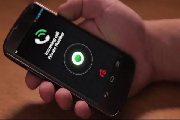 """loading...       Téged is sokszor hívnak ismeretlen számról? Netán zaklatnak ? Íme egy fantasztikus alkalmazás""""Truecaller """",amit már 200millió felhasználó alkalmaz ,nem véletlenül. Már a hívás pillanatában beazonosítja a nem titkosított telefonszámokat, és kiírja a képernyőre, hogy ki keres,…"""