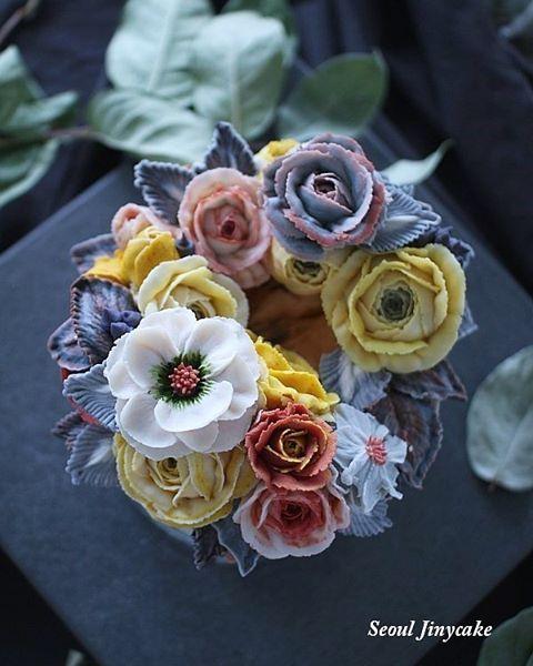"""좋아요 174개, 댓글 6개 - Instagram의 서울지니케이크-korea flowercake class(@seoul_jinycake)님: """". 서울지니케이크 심화반샘플작업 Advanced . Made by jiny . 3월정규1대1수업만가능해요~:) . . 주문문의.클래스문의는  Kakaotalk:…"""""""