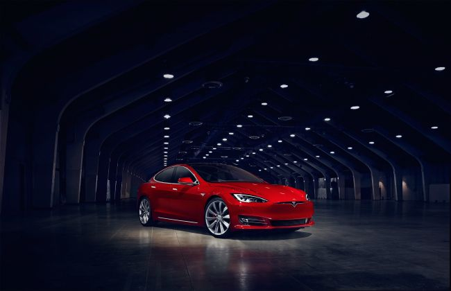 Tesla Battery Unveiled Making the Model S Quicker Than Ever