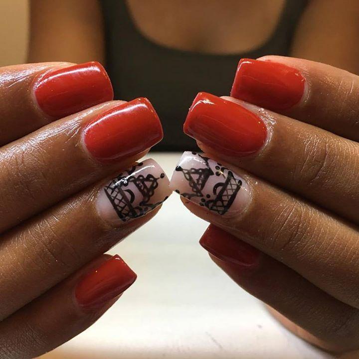 #uñas #beauty #nails #nailstagram #red #nailart #nailsticker #manicure #nailtreatment #nailgel
