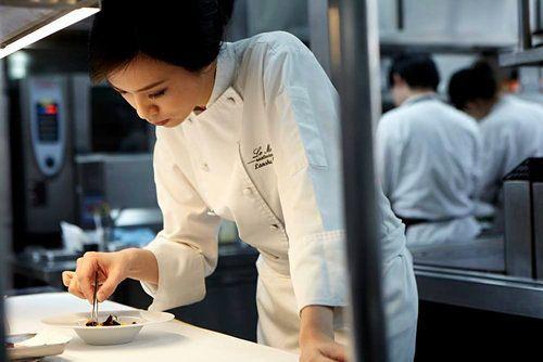 Lanshu Chen Wins Asia's Best Female Chef 2014