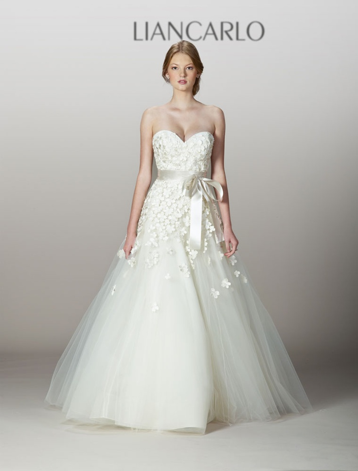 237 Best Wedding Gowns Images On Pinterest