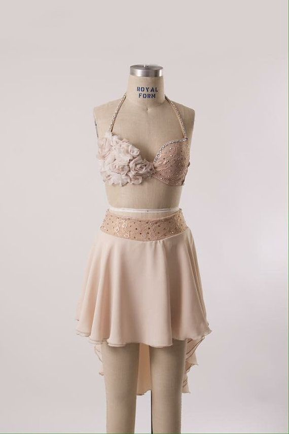 Dance costume - adult xs