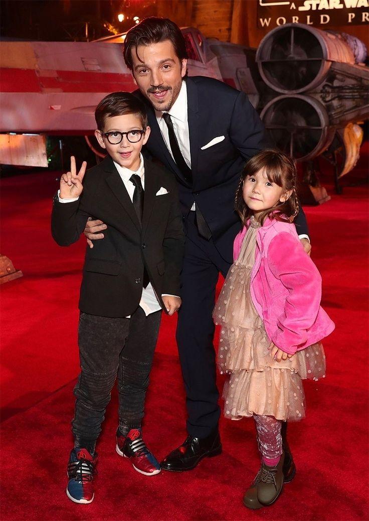 BadOldWest — mrdiegomoon: Diego Luna and his kids at the...