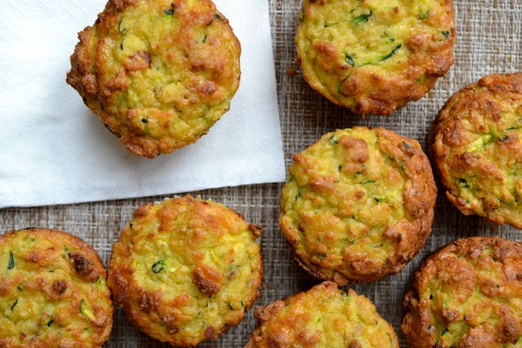 herzhafte-muffins-rezepte-vegetarisch-zucchini-schafskäse-lecker