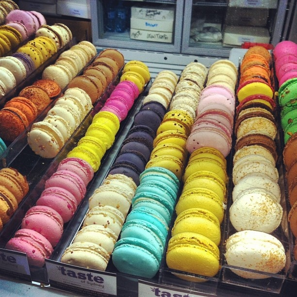 Yummy and colourful #macaroons