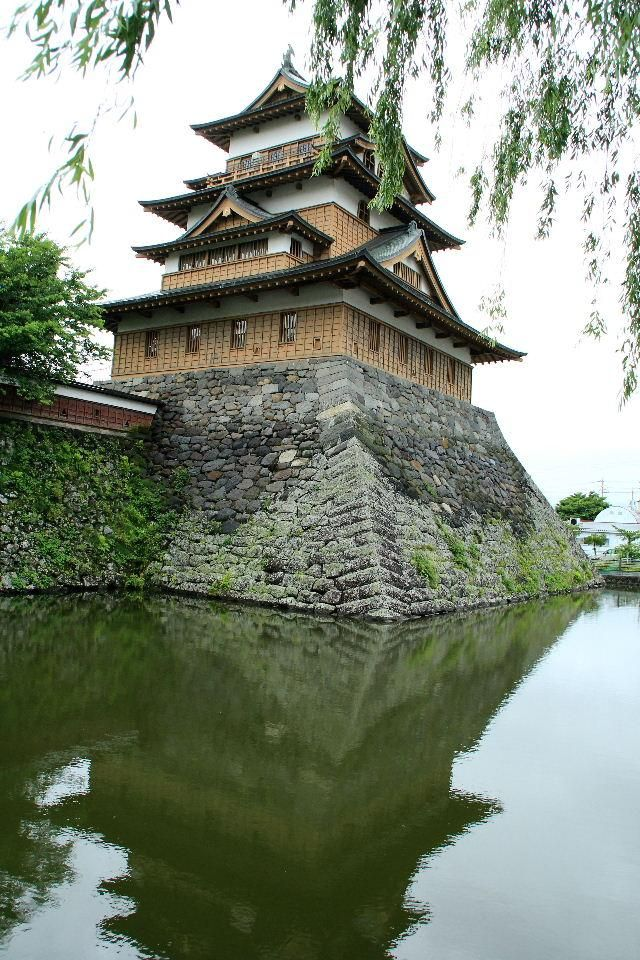 上諏訪高島城, real japan, japan, japanese, castle, japanese castle, fortress, osaka, tokyo, kyoto, himeji, bitchu matsuyama, takeda, tour, trip, travel, guide, adventure, epxlore, plan, architecture hirosaki http://www.therealjapan.com/subscribe/