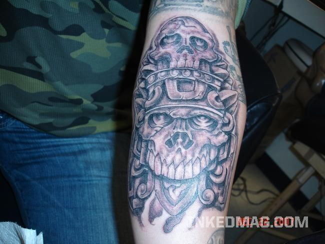 ... ament aztec pattern arms arm tattoo on upper aztec tattoo designs arm