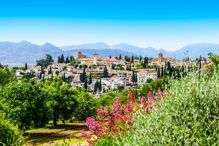 Spa en Granada // 2 noches en hotel 4* con visita guiada a la Alhambra incl. // sólo 112,-€: ¡Todos necesitamos un poco de sur para no…