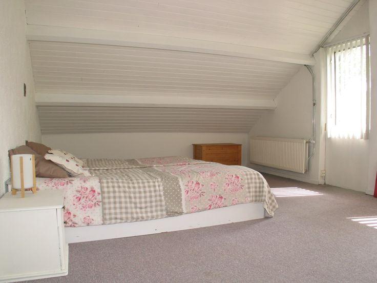 2e ruime uitgebouwde slaapkamer