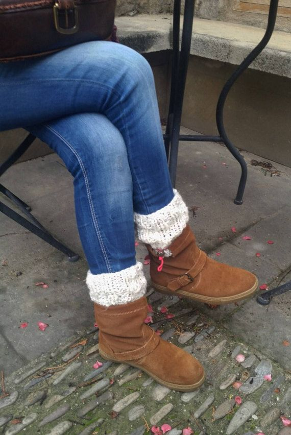 Knit boot cuff wool legwarmers cream cover boots cream por EstherTg