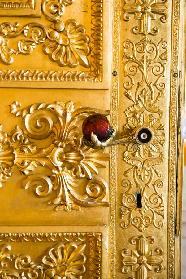 St. Petersburg, Russia - love the doorhandle, claw with red glass ball