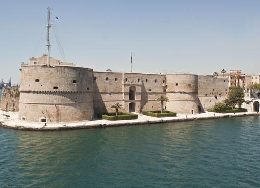 Castello Aragonese a Taranto. Alessandro Germano www.alessandrogermano.eu