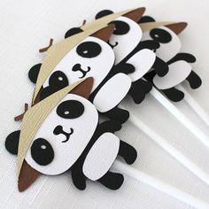 Panda Bear Cupcake Toppers, kung fu panda, zoo party - pkt 12 Adorable little panda bears - great for a zoo themed party, kung fu panda party or