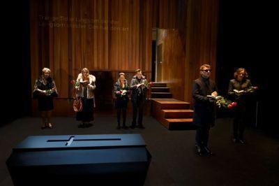 begravelsen_presse1