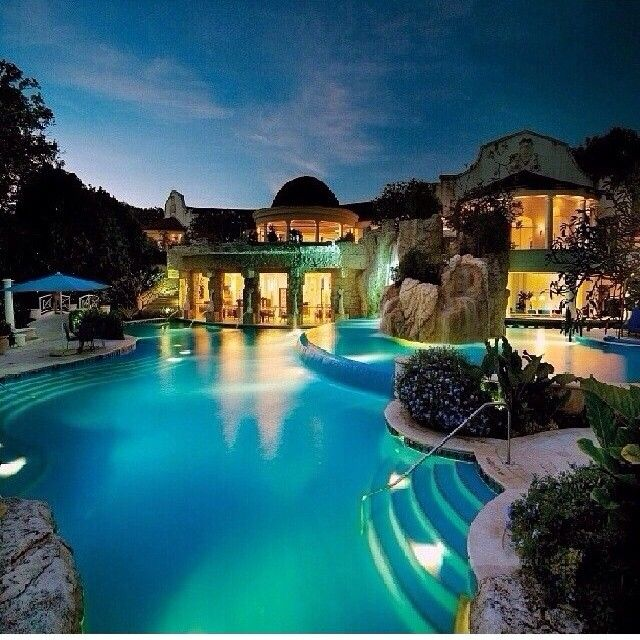 Luxury Pool House: Best 25+ Big Pools Ideas On Pinterest