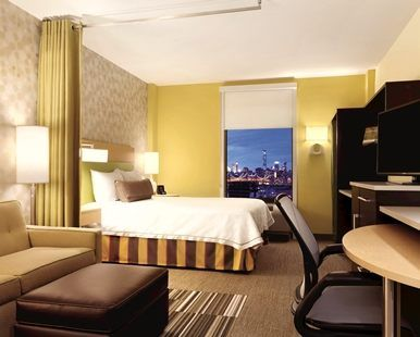Home2 Suites by Hilton New York Long Island City Manhattan View, NY - Queen Room with City View | NY 11101