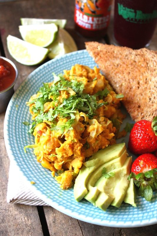 Mexican Chickpea Scramble: The perfect, protein-packed #vegan breakfast!