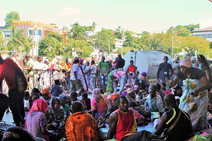 Mayotte: Une épidémie de gastro-entérite apparue place de la République à Mamoudzou   HabarizaComores.com   Toute l'actualité des Comores