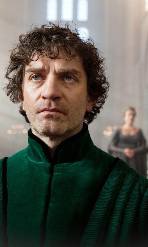 Lord Warwick: James Frain