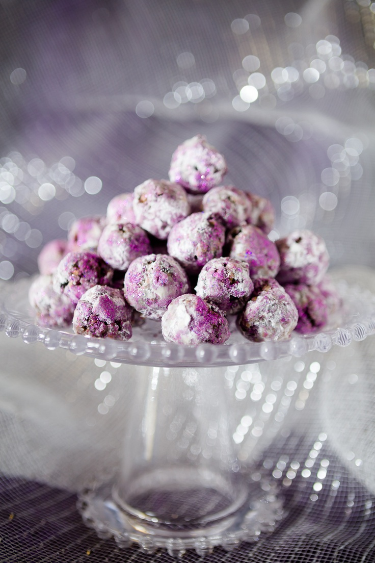Sparkly Sugar Plums for Christmas ~ Cupcake Project
