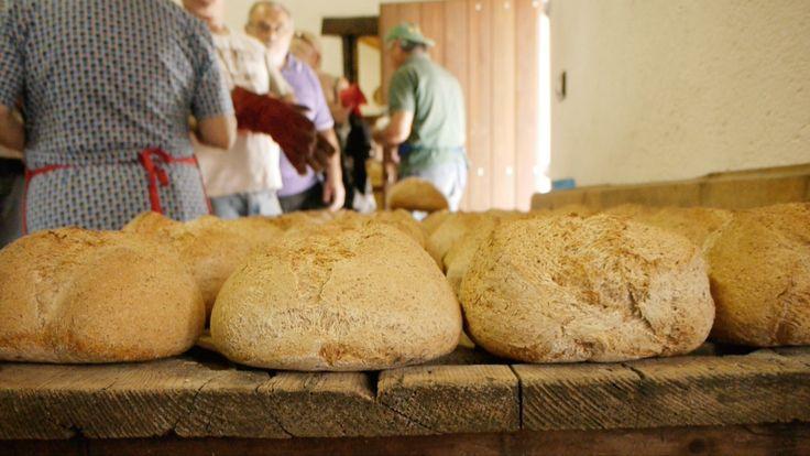 Il #pane di farina integrale sfornato.