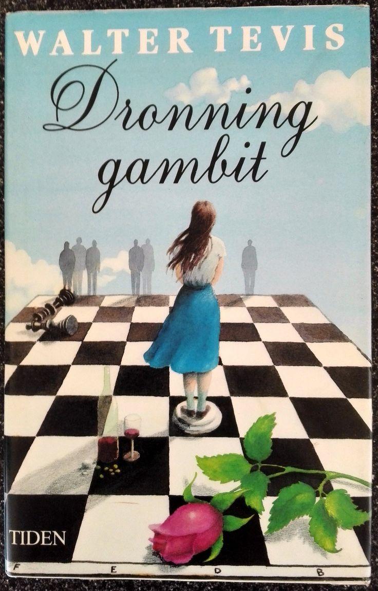 Tevis, Walter: Dronninggambit - brukt bok - Psykologisk skildring av de menneskelige omkostninger for en kvinnelig sjakkspiller fra hun starter som vidunderbarn, til hun som 19-åring tilhører den internasjonale sjakkelite. Kr 80,-  hos Bokbasaren Georgica