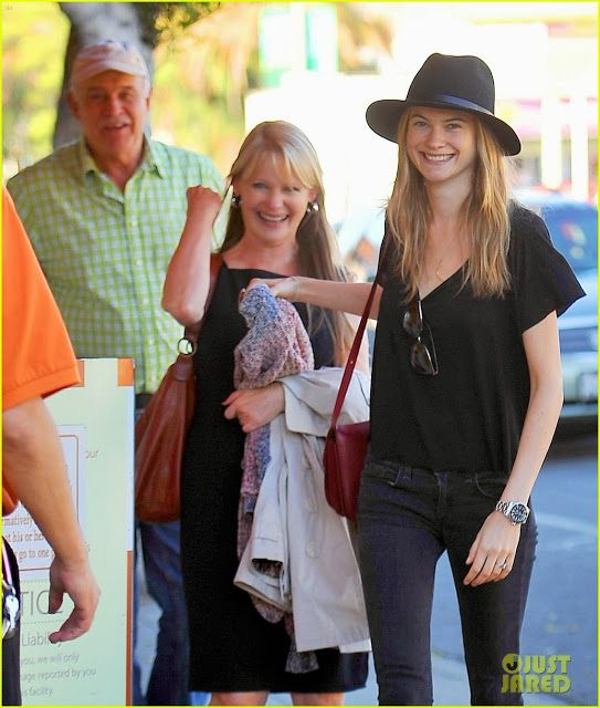 Photo of Behati Prinsloo & her Mother  Magda Prinsloo
