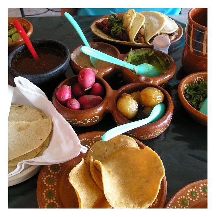 ¿Quién se apuntaría a una auténtica #comida mexicana? :) ¡Feliz #viernes!  #viveunaexperiencia #gastro