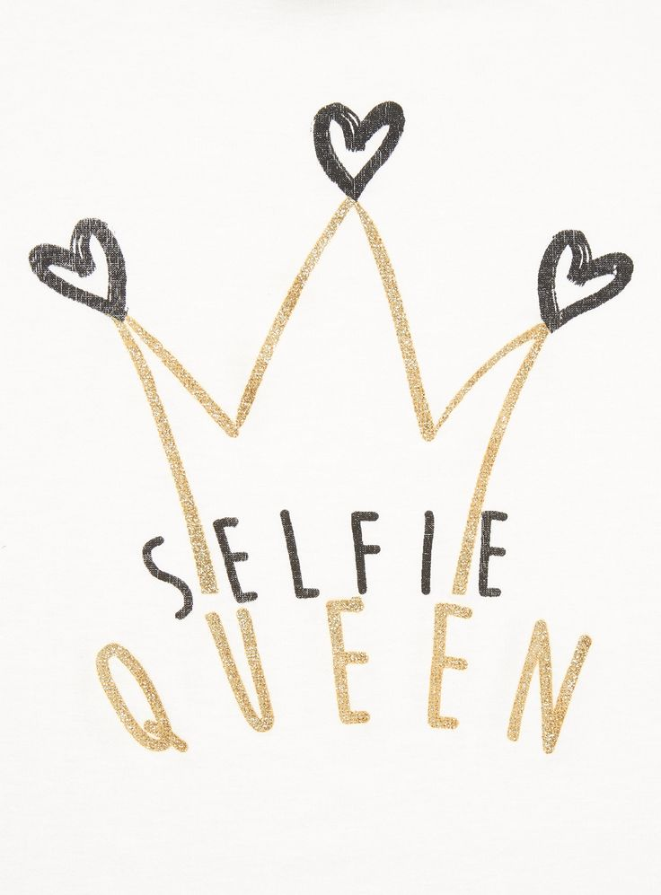 Budding selfie queens will love this glittering slogan t-shirt. Crafted in a soft stretch fabric, this tee is the perfect way to introduce some sparkle into her weekend wardrobe. Girls white selfie queen tee Short sleeve Glitter slogan design Side split hem Stretch material Keep away from fire