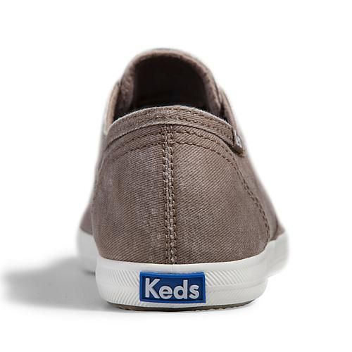 Keds® Chillax Washed Twill Sneaker - Ivory/Off White