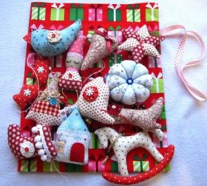 набор елочных игрушек из ткани