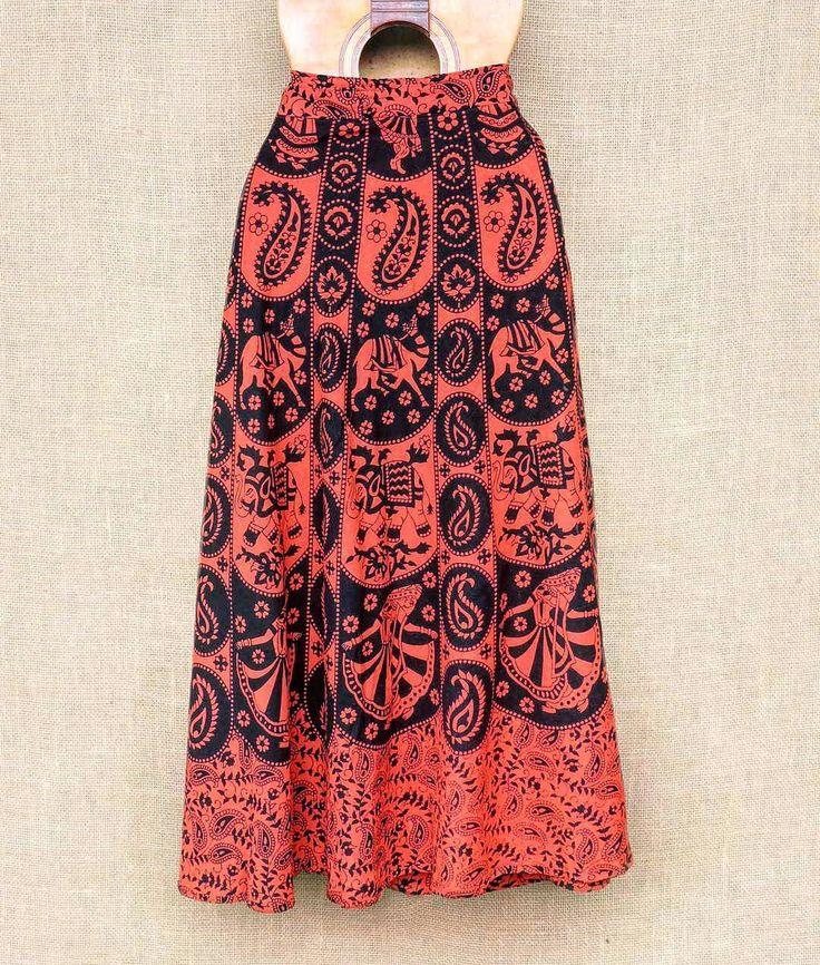 Saias envelope indianas artesanais... dezenas de estampas.  Por R$ 6990 cada  Peça a sua pelo nosso Whatsapp: 13982166299