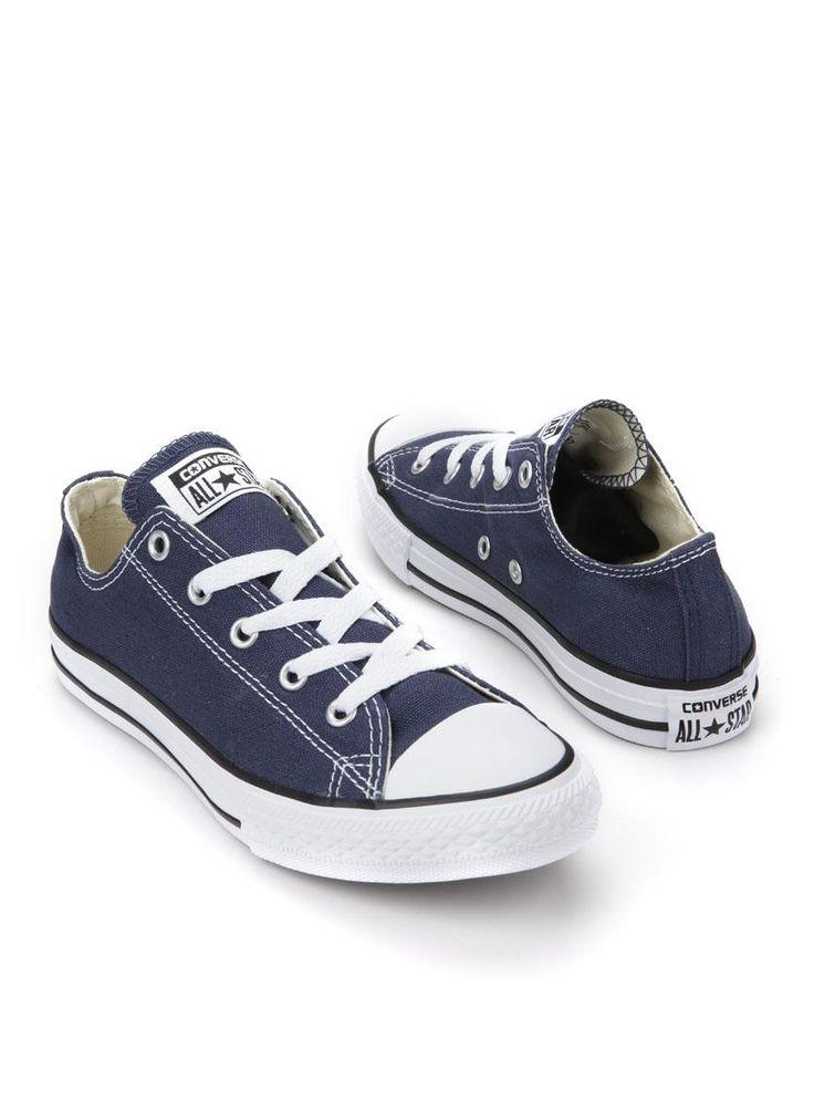 Converse Chuck Taylor All Star Ox sneaker  Description: Blauwe Converse All Star sneakers. Deze schoenen zijn gemaakt van textiel en hebben een kunststof zool. De schoenen hebben een verstevigde neuskap.  Price: 25.75  Meer informatie