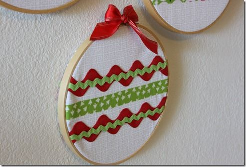 Cute ornament for kids to make using small embroidery hoops and scraps of ribbon and rickrack.
