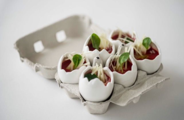 Mini huevos porcelana.... GLASS & SERVICE vajilla hostelería...