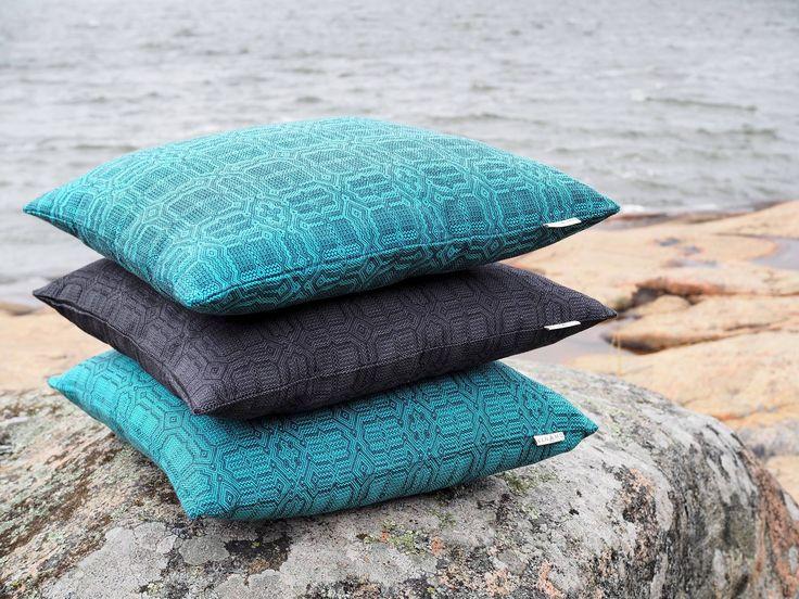 Pattern design for the Vanamo Deco collection  / Kuosisuunnittelu Vanamo Deco -mallistoon. Photo: Vanamo Deco