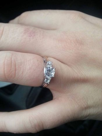 Lost my engagement ring in Taunton town centre.. pleasehelp me find it x