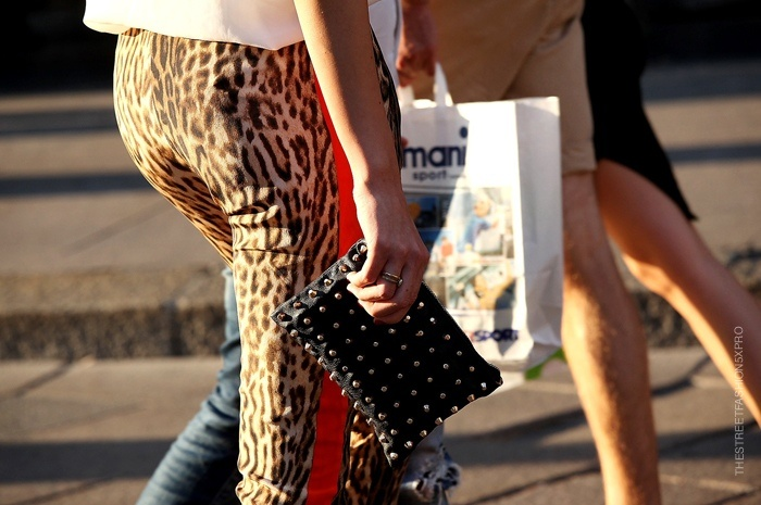 : Trends, Studs, Fashion Weeks, Red Stripes, Street Style, Leopards Pants, Fashion Coolhunting, Animal Prints, Leopards Prints