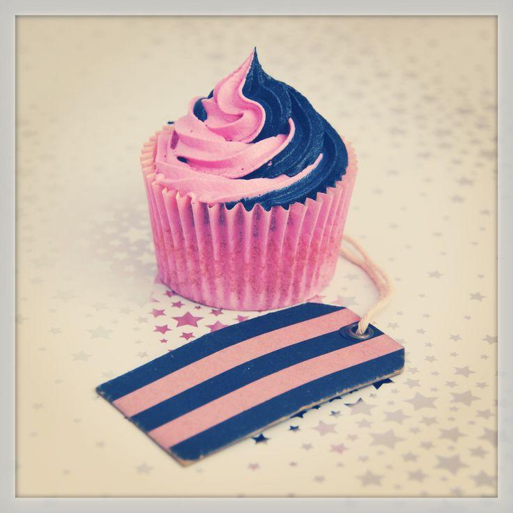 @Antoni Cantone Cantone Cantone Nadal Bvo Wills Jack Wills Cupcakes #pink #navy #cupcakes #jackwills