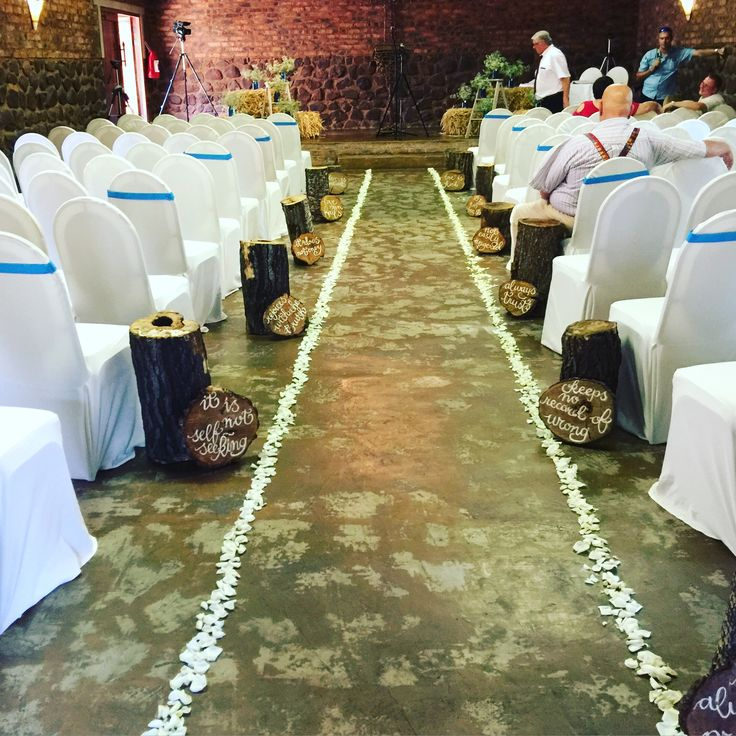 Turquoise and white wedding, the chapel