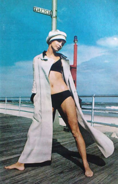 Bikini cover - up copied from 1910 motoring duster is by Gayle Kirkpatrick, 1960s