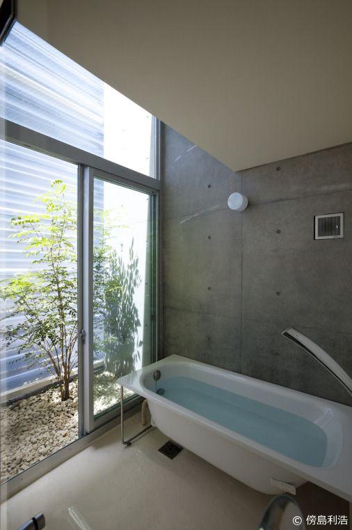 1階バスルーム