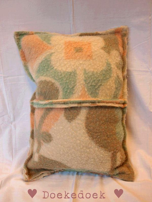 Kussen van wollen deken, twee vlakken kleuren bewerkt. Pillow from woolen blankets, two pieces, multiple colours. made by ♥ Doekedoek ♥