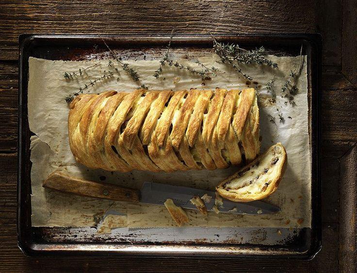 Νηστίσιμη πατατόπιτα με μελιτζάνες από τον Άκη. Υπέροχη πίτα με πατάτες και μελιτζάνες.