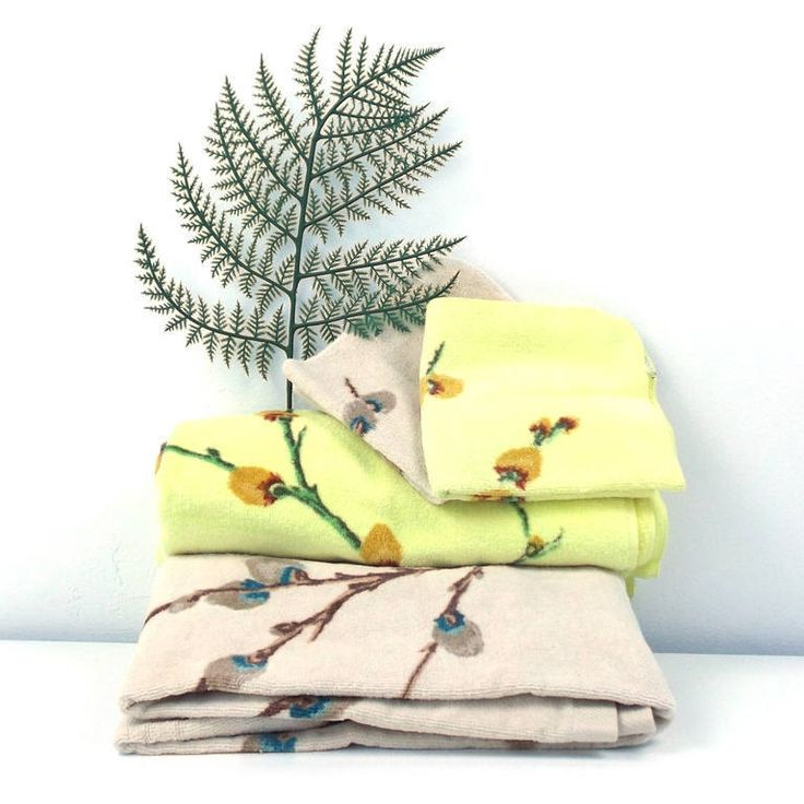vintage 70s fieldcrest bath towel pussy willow branch yellow cream set 4 pc bathroom shower full size face wash cloth matching coordinating by RecycleBuyVintage on Etsy