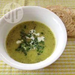Foto recept: Eenvoudige courgettesoep