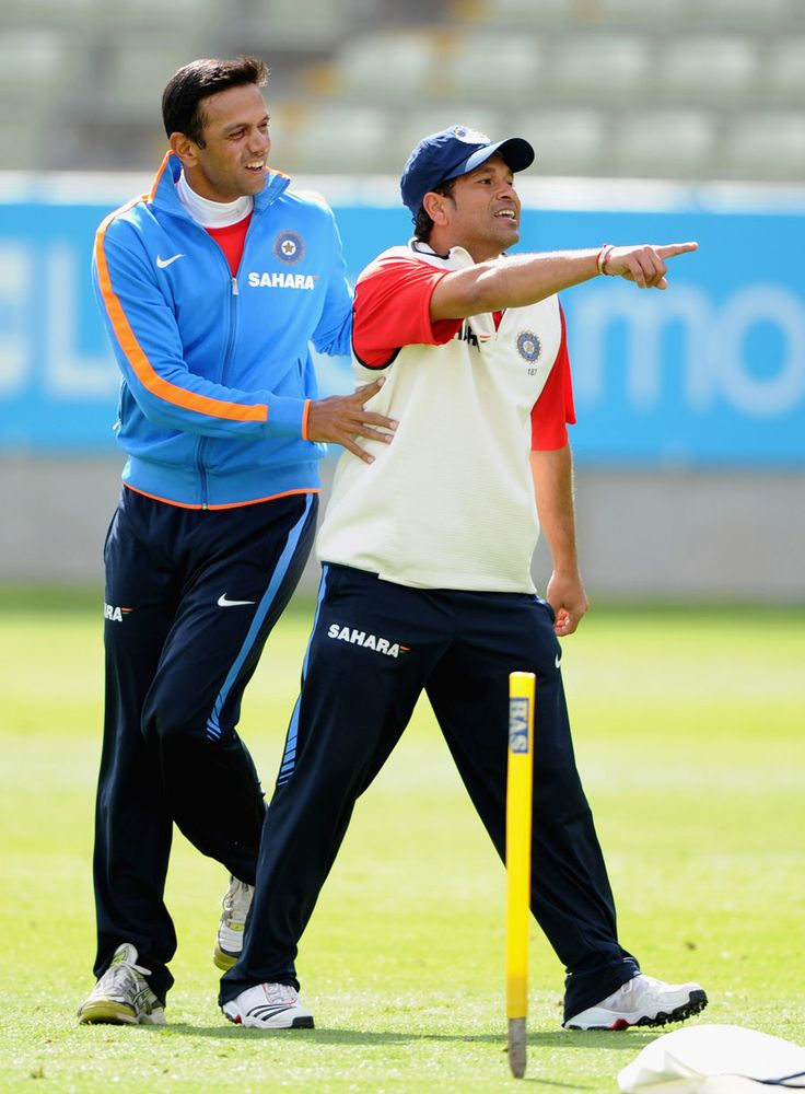 Rahul Dravid and Sachin Tendulkar share a light moment during practice, Birmingham, August 8, 2011 200th.in